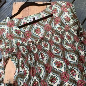 Glam Vintage Soul/ 💯 %silk Gorgeous Top